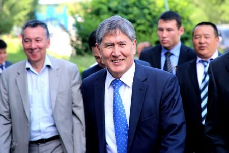 atambaev-prezident-politika-e-l-er_nematov-20-06-2012-5-1-450x300