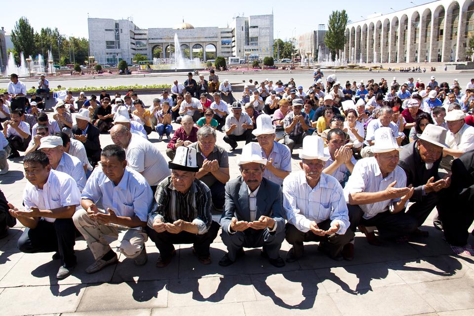 Реквием по этническому конфликту 2010 года