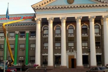 Власти Бишкека помогли разработчикам приложения схемами маршрутов.