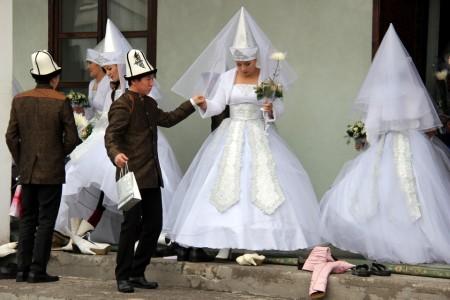Массовая свадьба в Бишкеке