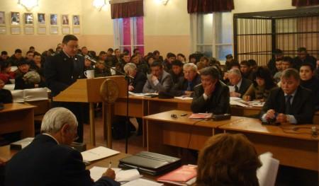 Фото с суда по революции 2010 года
