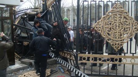 Фото со дня апрельской революции. Автор: Brokev03