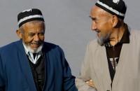 Таджикские старики вынуждены работать из-за бедности.