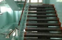 Лестницы стали настоящим испытанием