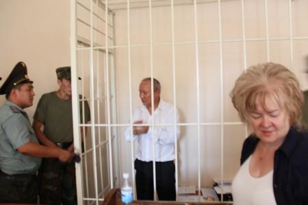 Тюлеев в зале заседаний Ленинского райсуда