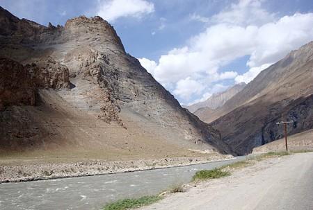 tajikistan-afghanistan_border_-_citt_flickr