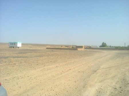 Дюкерский пейзаж со школой.