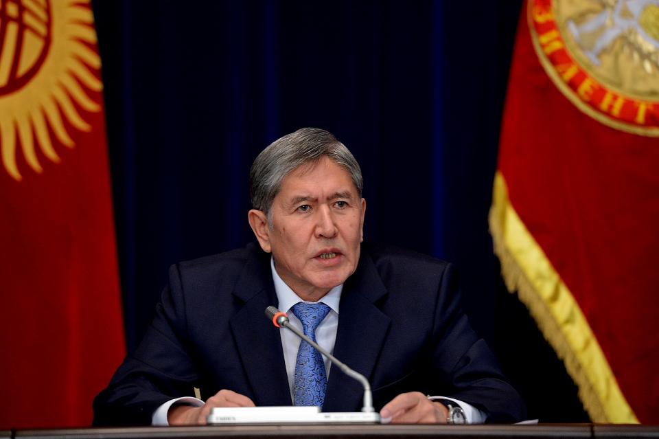 Алмазбек Атамбаев на итоговой пресс-конференции, 16 декабря 2013 года. Фото: пресс-служба президента