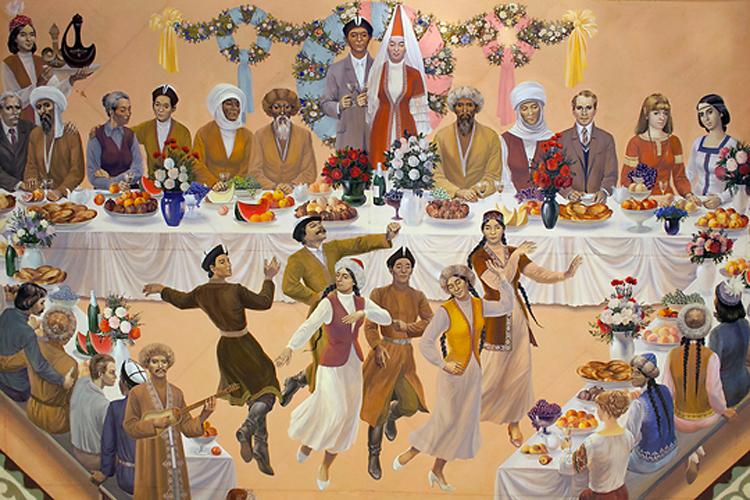 На кыргызской свадьбе пируют представители различных национальностей, проживающих на территории СССР.