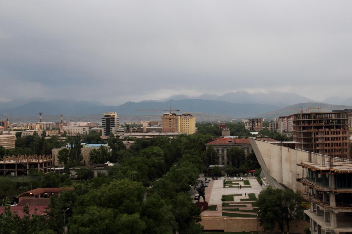 bishkek-rooftops_0408