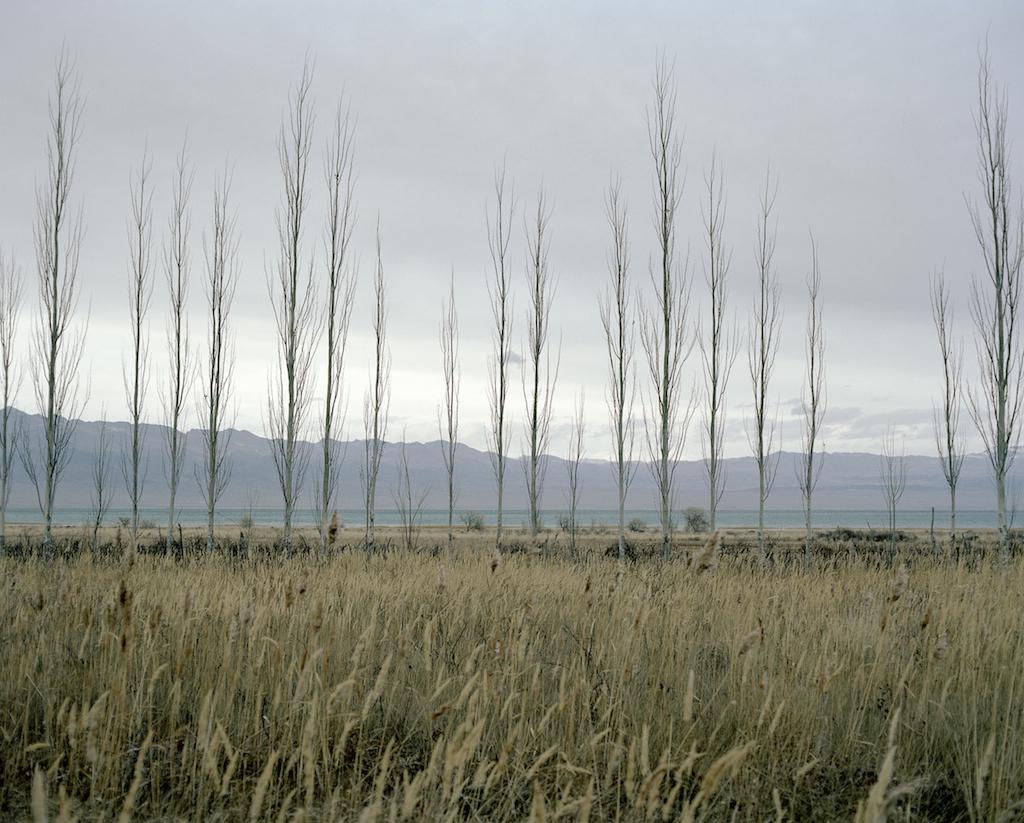 Иссык-Куль — самое большое по объему озеро в Кыргызстане и десятое в мире. Фотография Федора Савинцева / Salt Images, 2012.