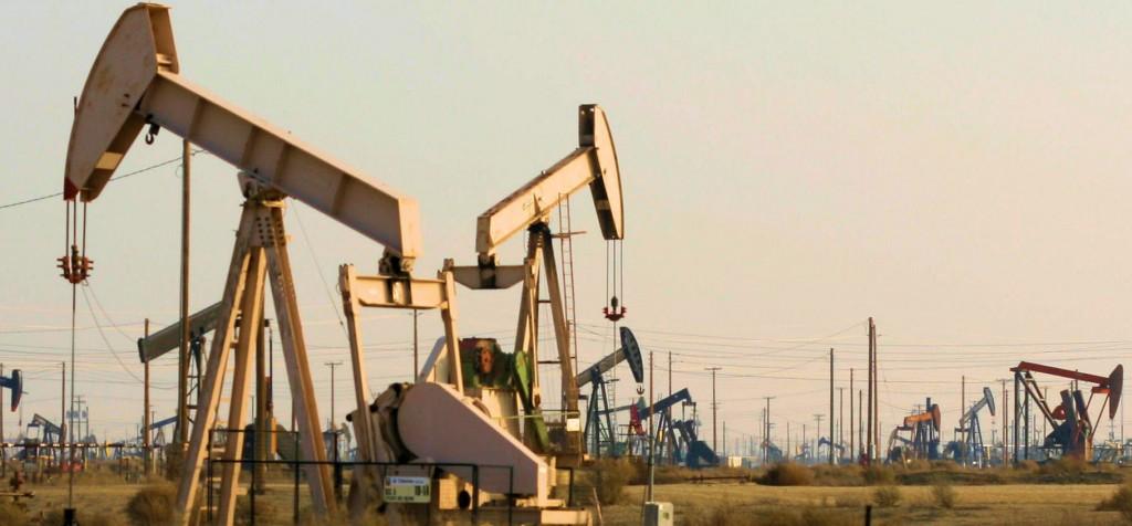 """Политика сдерживания цен на нефть не смогла повлиять на стоимость """"черного золота"""" в 2007 году."""