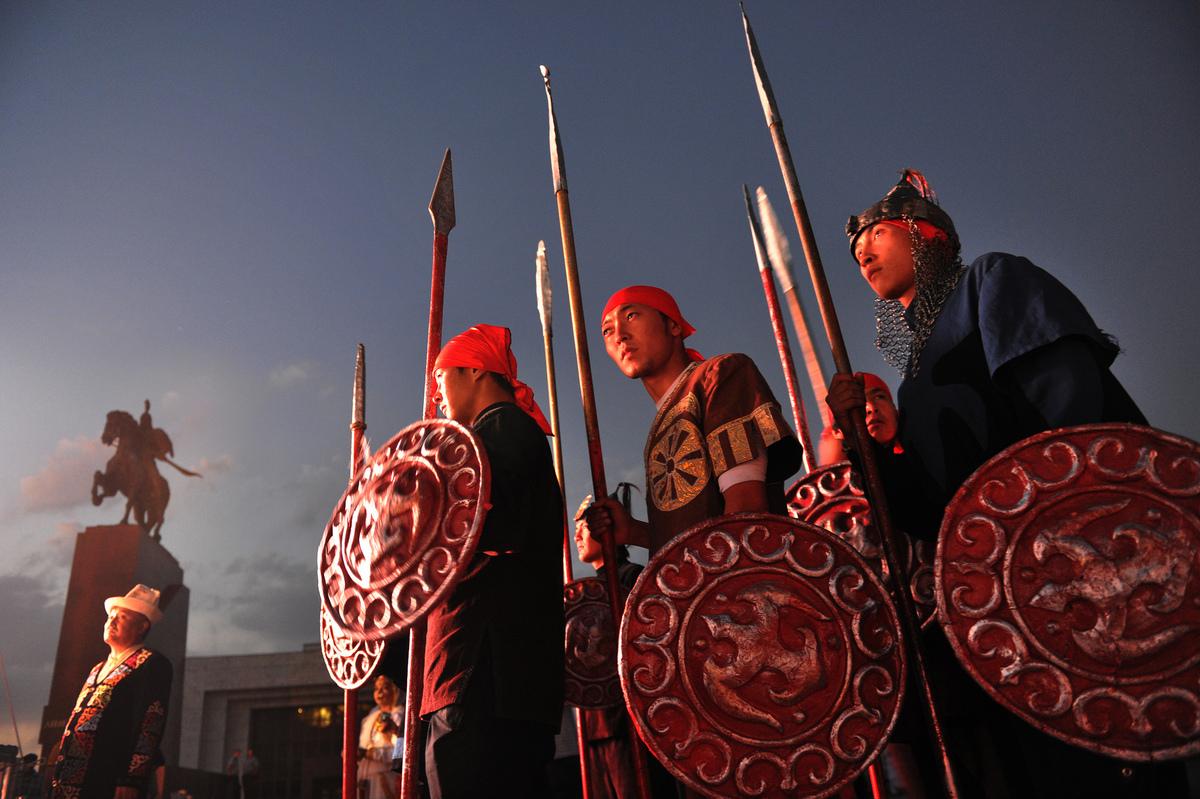 Реконструкция исторического события в центре Бишкека. Фото: АБР, Flickr.