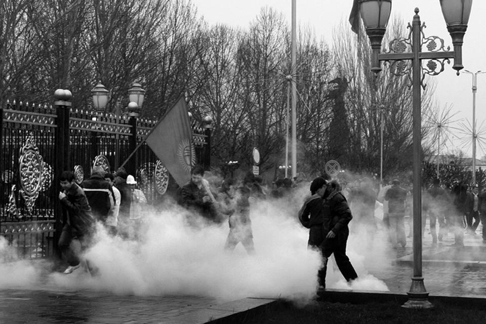 Революция 7 апреля 2010 года.
