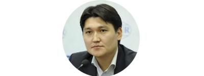 Адиль Турдукулов, ныне оппозиционер, в прошлом - дипломат.