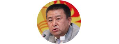 Лидер фракции СДПК Чыныбай Турсунбеков