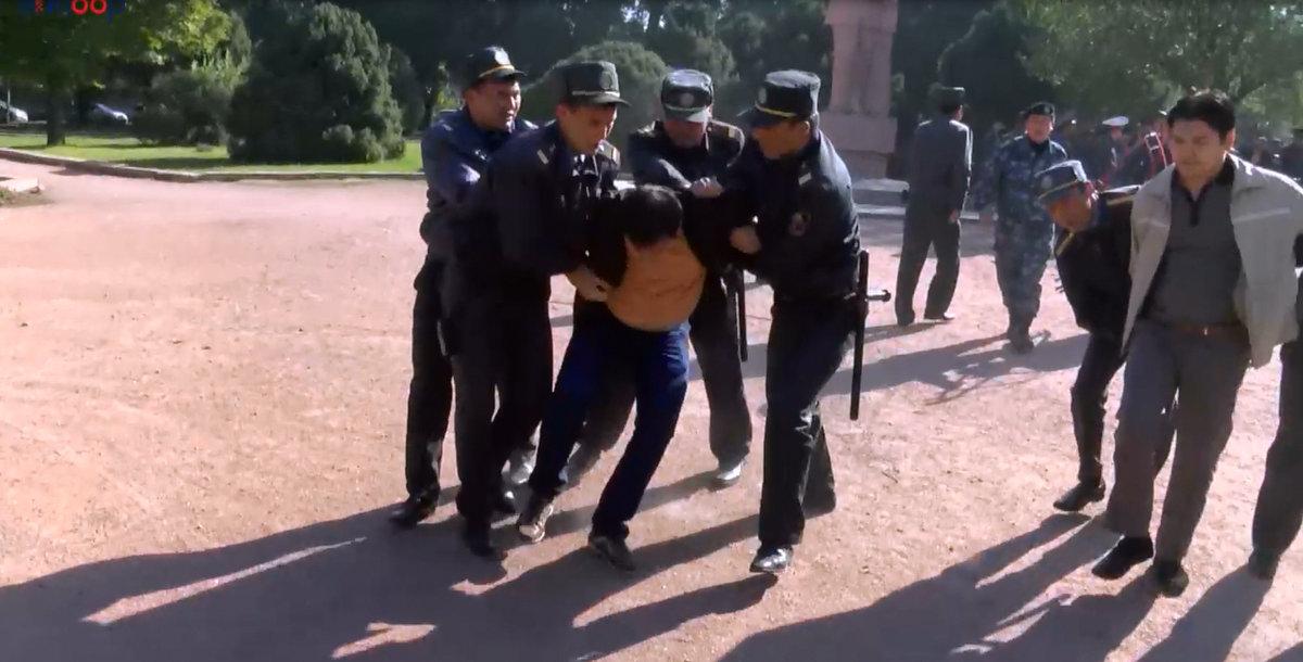 Это не первое задержание активистов.