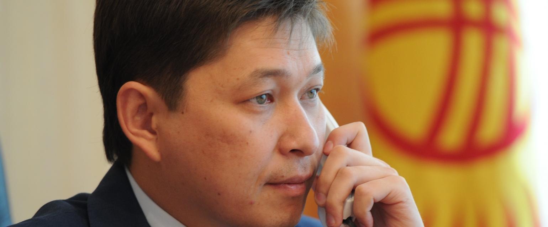 Сапара Исакова называют одним из самых приближенных людей президента Атамбаева.