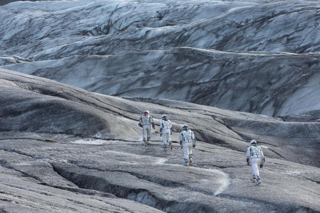 interstellar-movie-still-010-1500x1000
