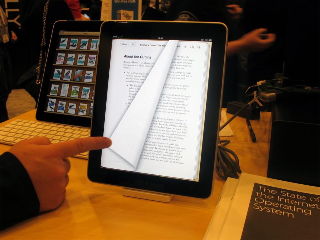 Планшет первого поколения iPad, представленного в 2010 году