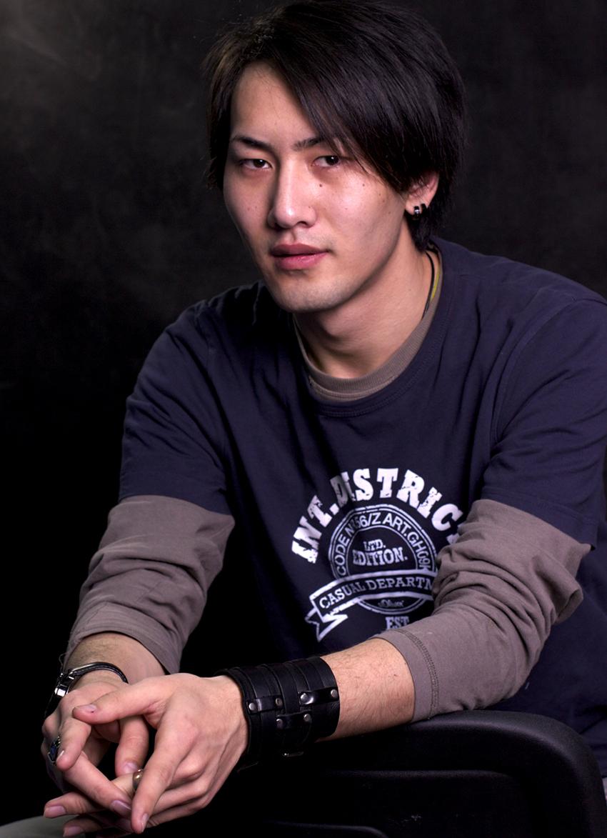 Акира Асакура - японец, кыргыз.