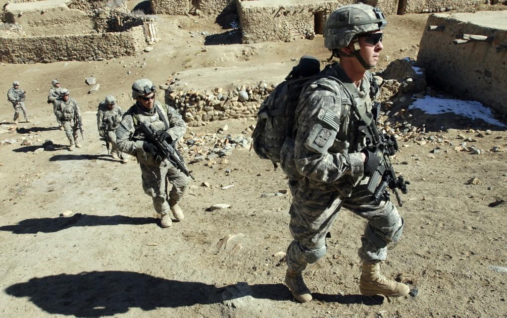 Военные коалиционных войск НАТО в Афганистане.