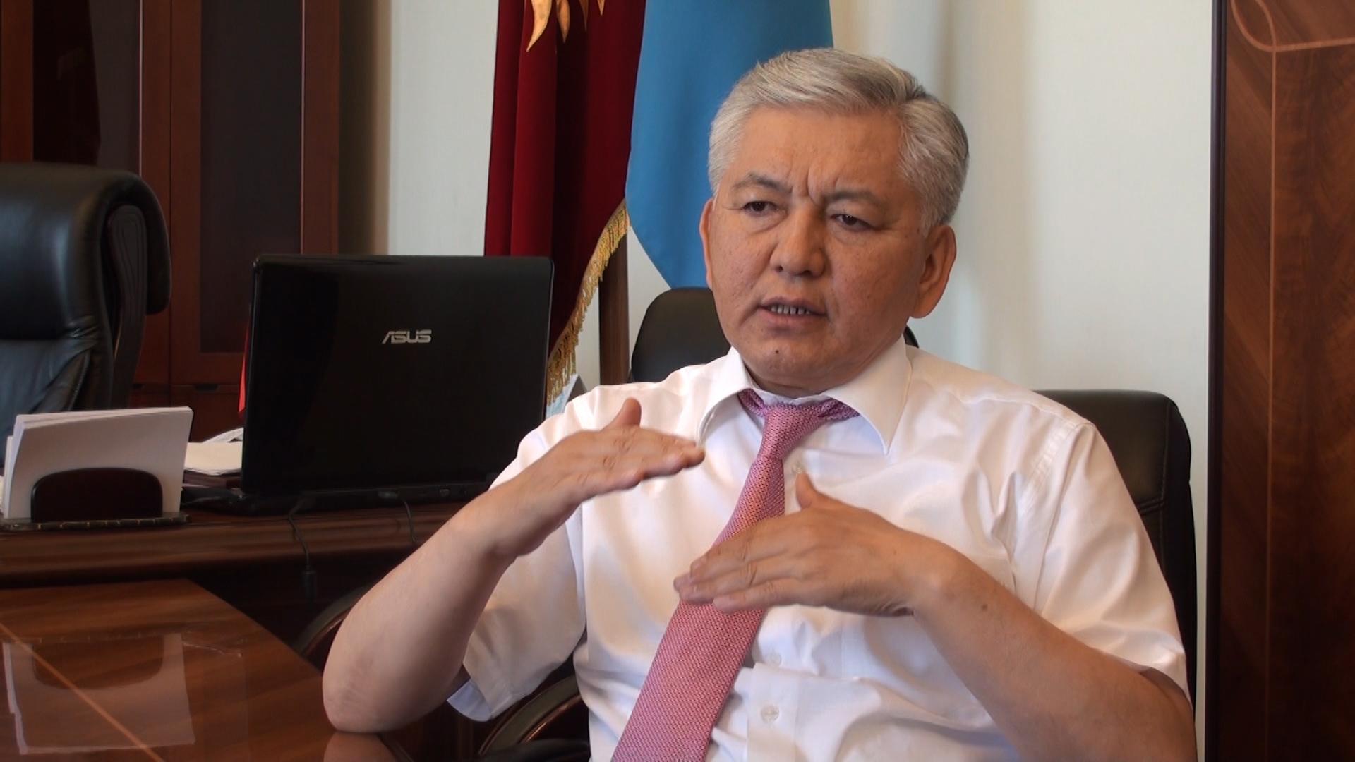 Депутат Жогорку Кенеша, лидер фракции СДПК Иса Омуркулов