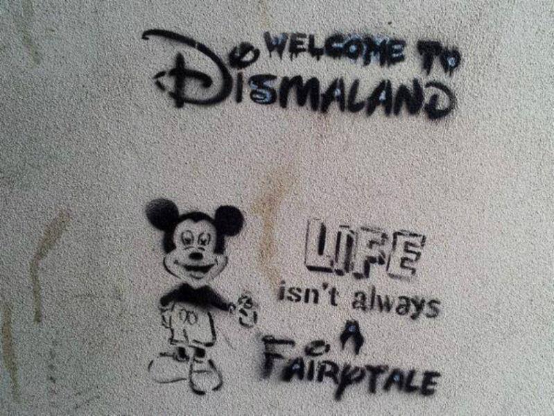 dismaland-mickey-stencil