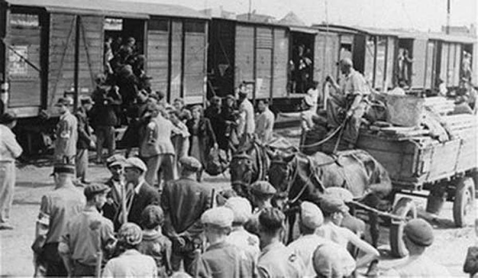 Депортация ингушей и чеченцев в Среднюю Азию и Казахстан.