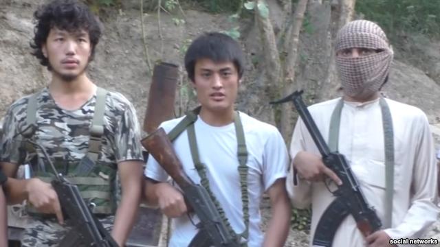 На прошлой неделе нам сообщили про 22-летнего Аскарбека, выехавшего из страны в декабре прошлого года и уже успевшего засветиться в видеоролике ИГИЛ.