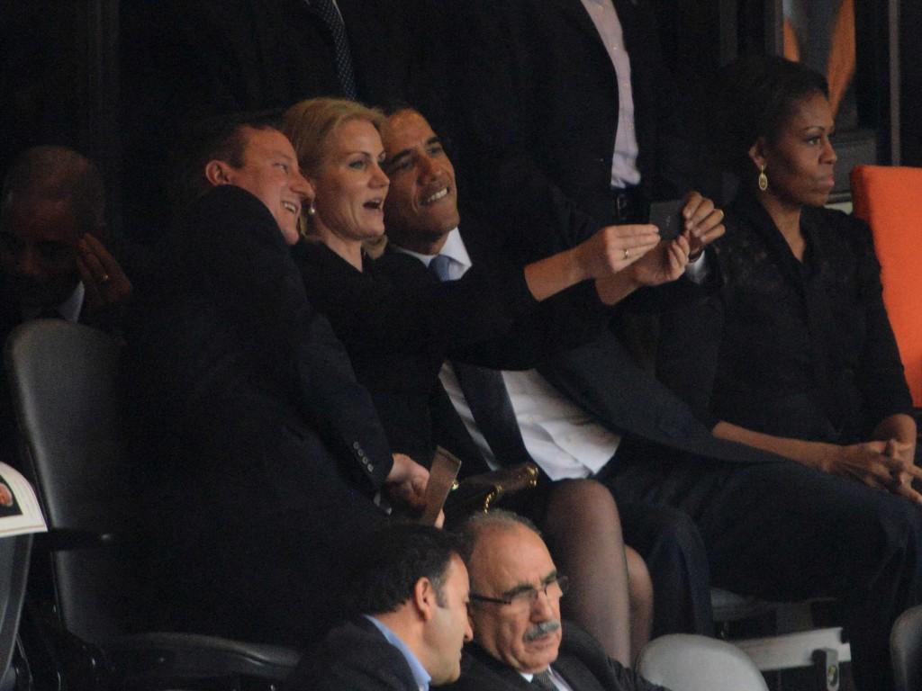 Президент США Барак Обама, премьер-министр Великобритании Дэвид Кэмерон и экс-премьер-министр Дании Хелле Торнинг-Шмитт.