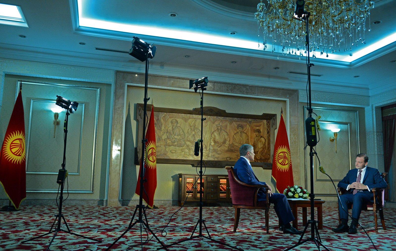«С кыргызами нельзя силой, им надо все объяснять. Если мы сможем объяснить, что нельзя плевать на улицах, то у нас будет величайшая страна».