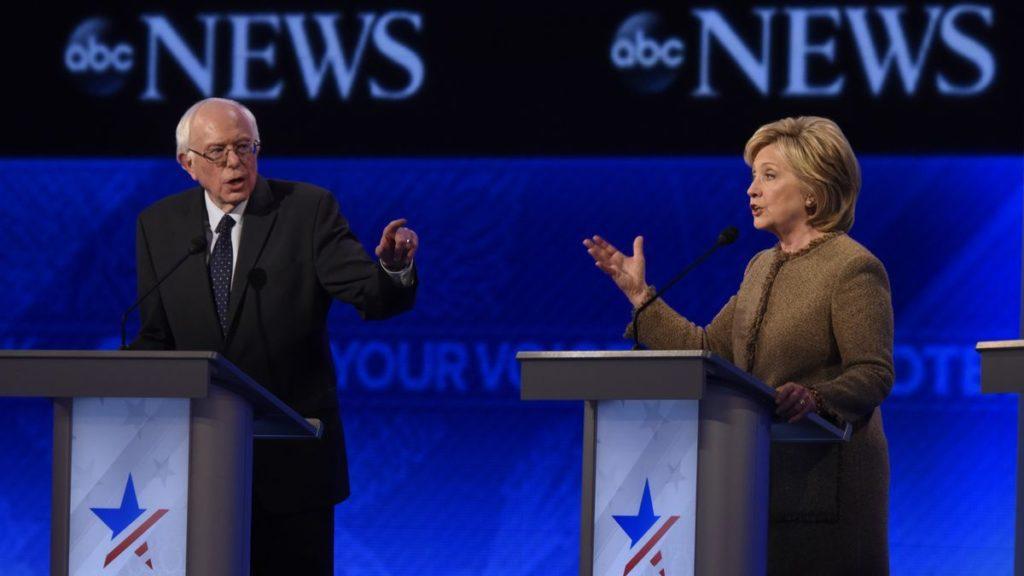 Берни Сандерс и Хиллари Клинтон. Источник фото: ABC