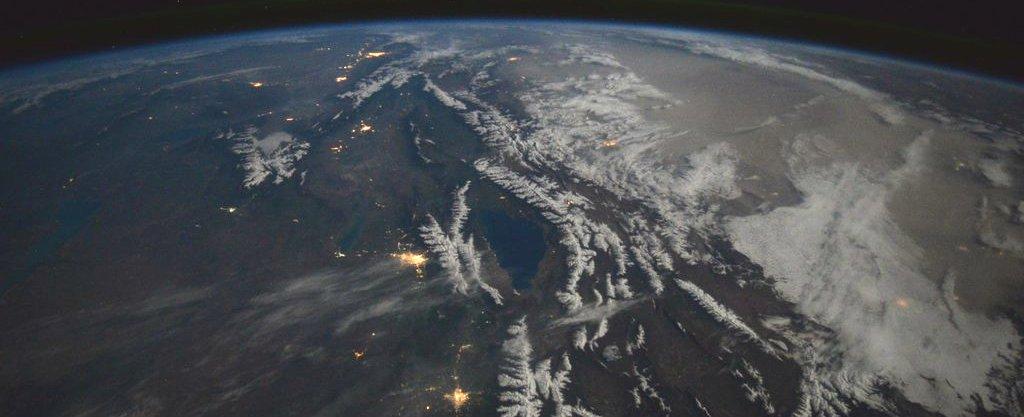 пусть фото киргизии из космоса можем представить