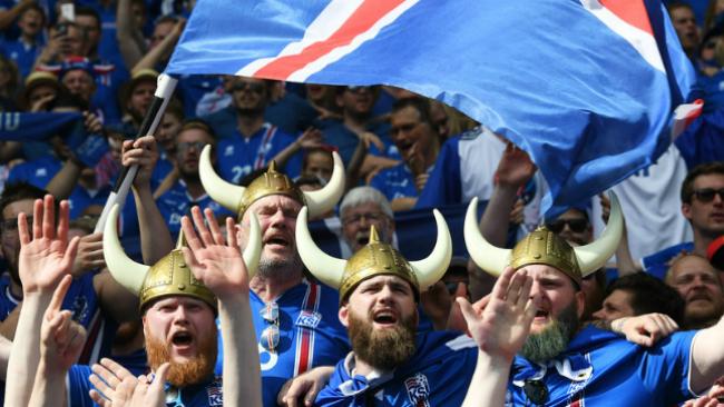 Болельщикам сборной Исландии есть чему радоваться, потому что все очки их команды на Евро-2016 умножались для рейтинга ФИФА на 3.