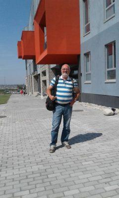 «Американский университет Центральной Азии сразу же предложил мне работу»