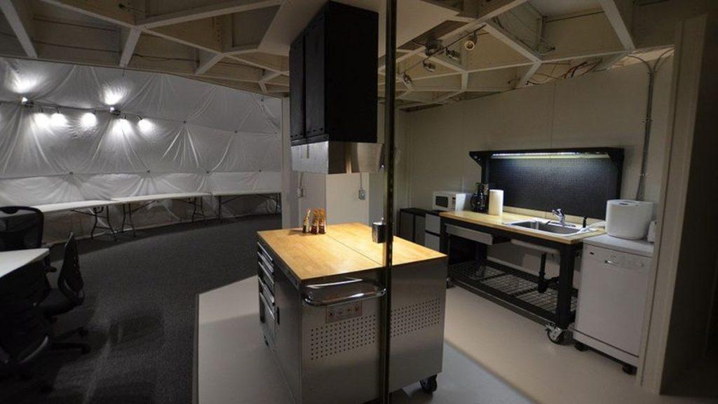 Кухня, которую между собой делили участники эксперимента
