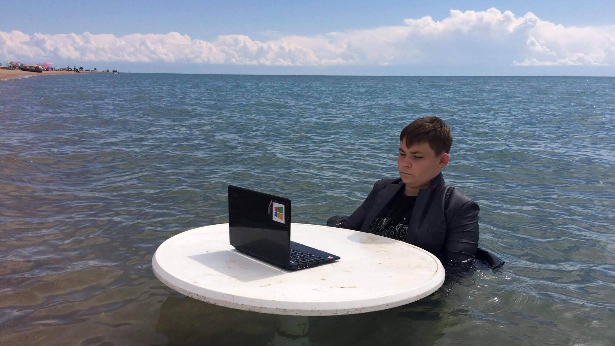 Русский школьник повторил собственный «болотный мем»
