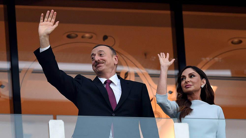 Президент Ильхам Алиев со своей женой Мехрибан Алиевой. Фото: Panama Papers
