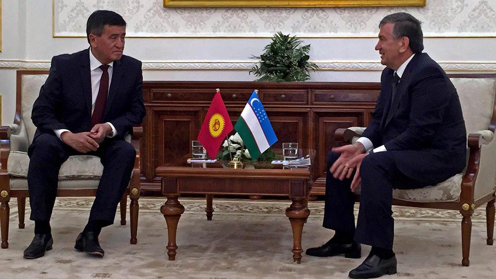 Встреча Шавката Мирзиёева и Сооронбая Жээнбекова, пресс-служба правительства Кыргызстана