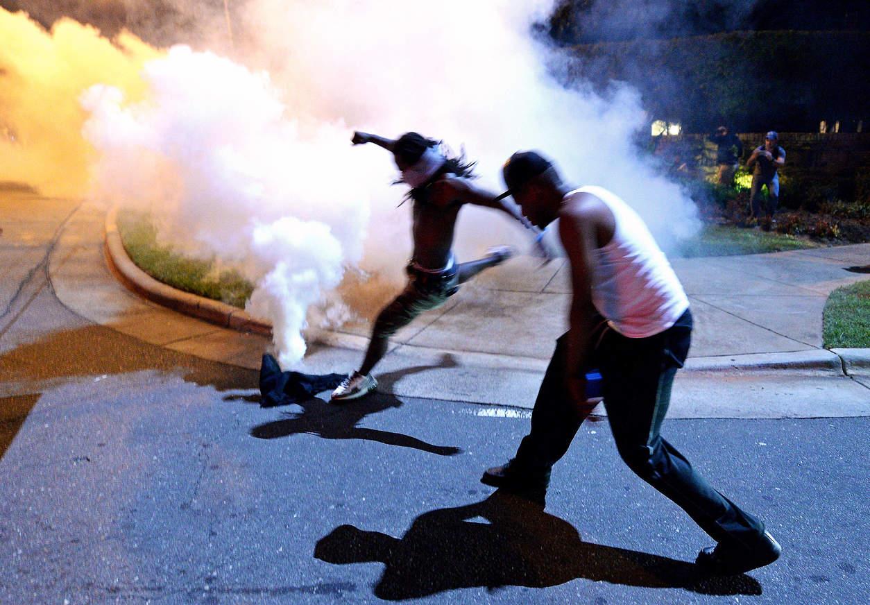 Протестующие. Фото: Jeff Siner/The Charlotte Observer, via Associated Press