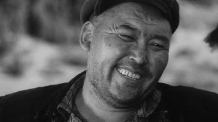 """Его исполнение песни """"Сары ой"""" стало для современных кыргызстанцев классикой."""