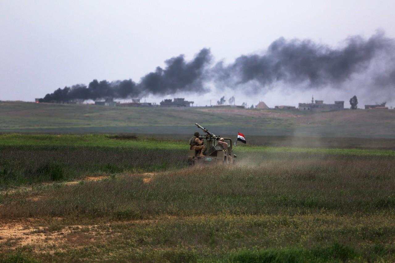 Дым над Мосулом. Фото: Wall Street Journal