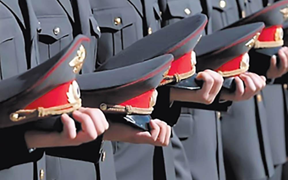 Секс с милиционерам