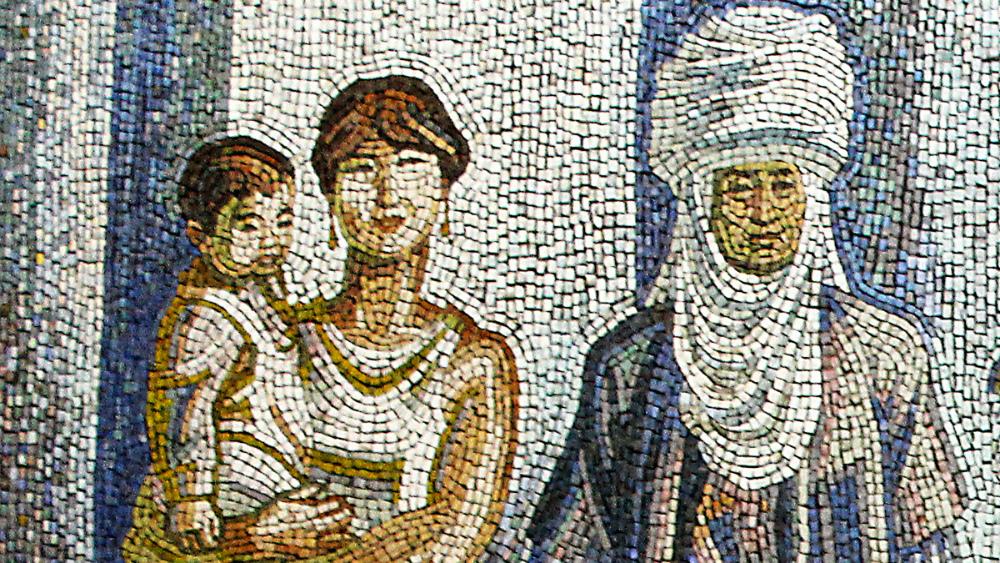 Новые хозяева здания не оценили мозаику «Женщины» Теодора Герцена. Фото: Штаб