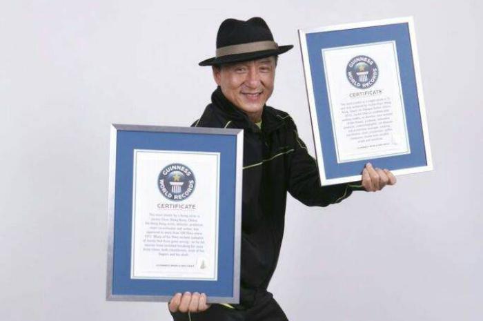 У Джеки Чана три рекорда Гиннесса.