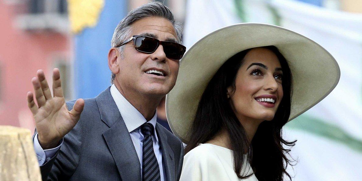 Активной политической позиции придерживаются Джордж и Амаль Клуни. Фото: Business Insider.