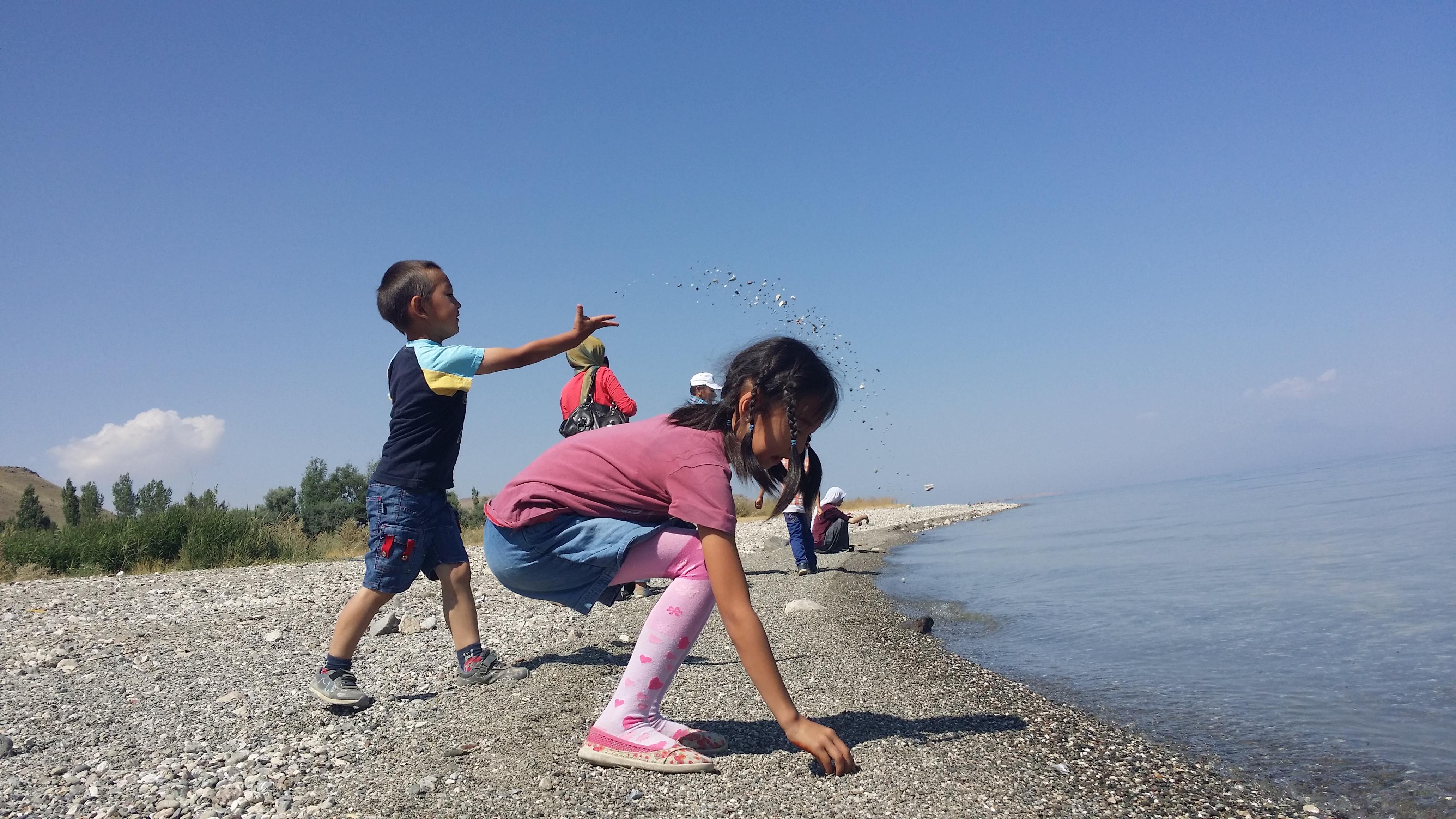 Кыргызы поселились у озера Ван.