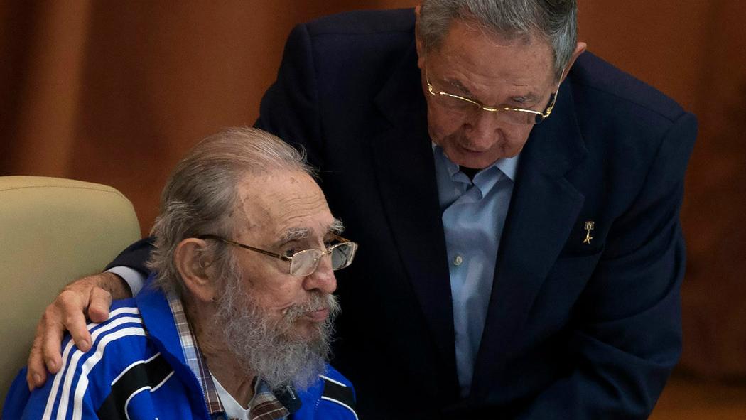 Фидель и Рауль Кастро. Фото: Ismael Francisco / Cubadebate.