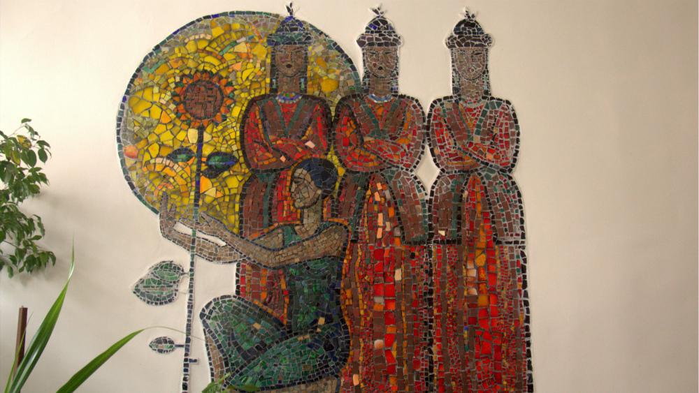 Информацию о советских мозаиках пришлось восстанавливать практически с нуля. На фото - панно «Песня Шубина», расположенное в музыкальной школе имени Шубина, автор Алексей Каменский.